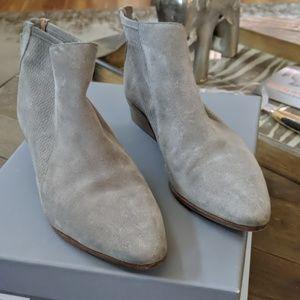 Aquatalia gray booties
